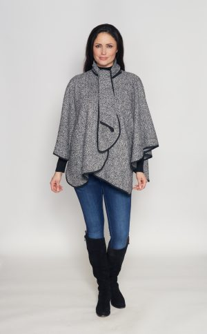 One-size-fits-all-cape-such-tweed